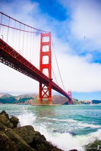 golden-gate-bridge-with-ocean-splash