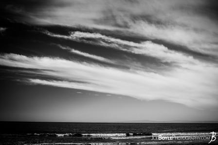 cool-clouds-in-the-sky-black-white