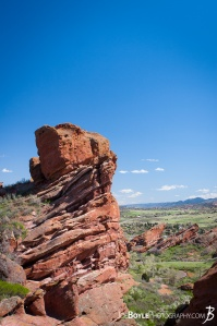 red-rocks-in-colorado-portrait