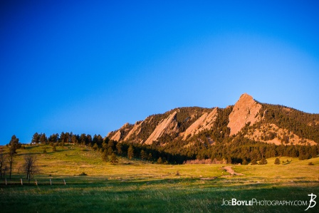 sunrise-in-boulder-colorado-chautauqua-state-park