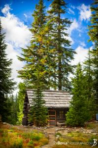 patrol-cabin-at-golden-lakes-campground
