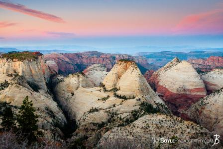 canyons-mountain-peaks-and-valleys-during-a-sunrise-in-zion-national-park