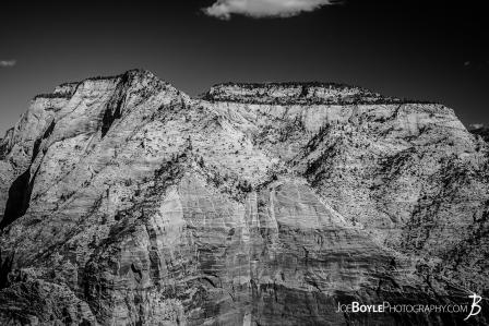 mountain-in-zion-national-park-at-sunset-black-white