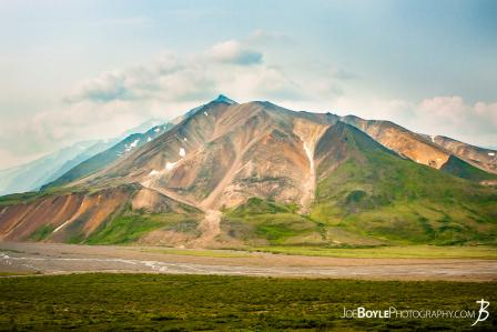 mountain-and-river-in-denali-national-park-grid-6-into-grid-7