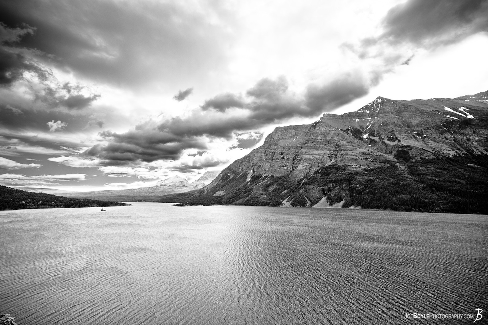 glacier-national-park-lake-mountain-black-white
