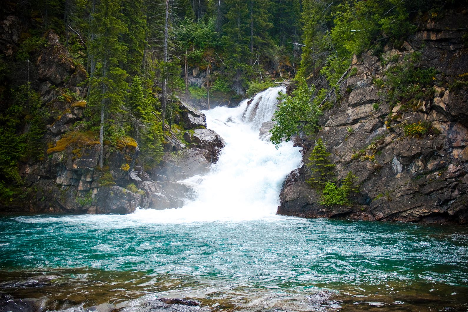 waterfall-at-glacier-national-park