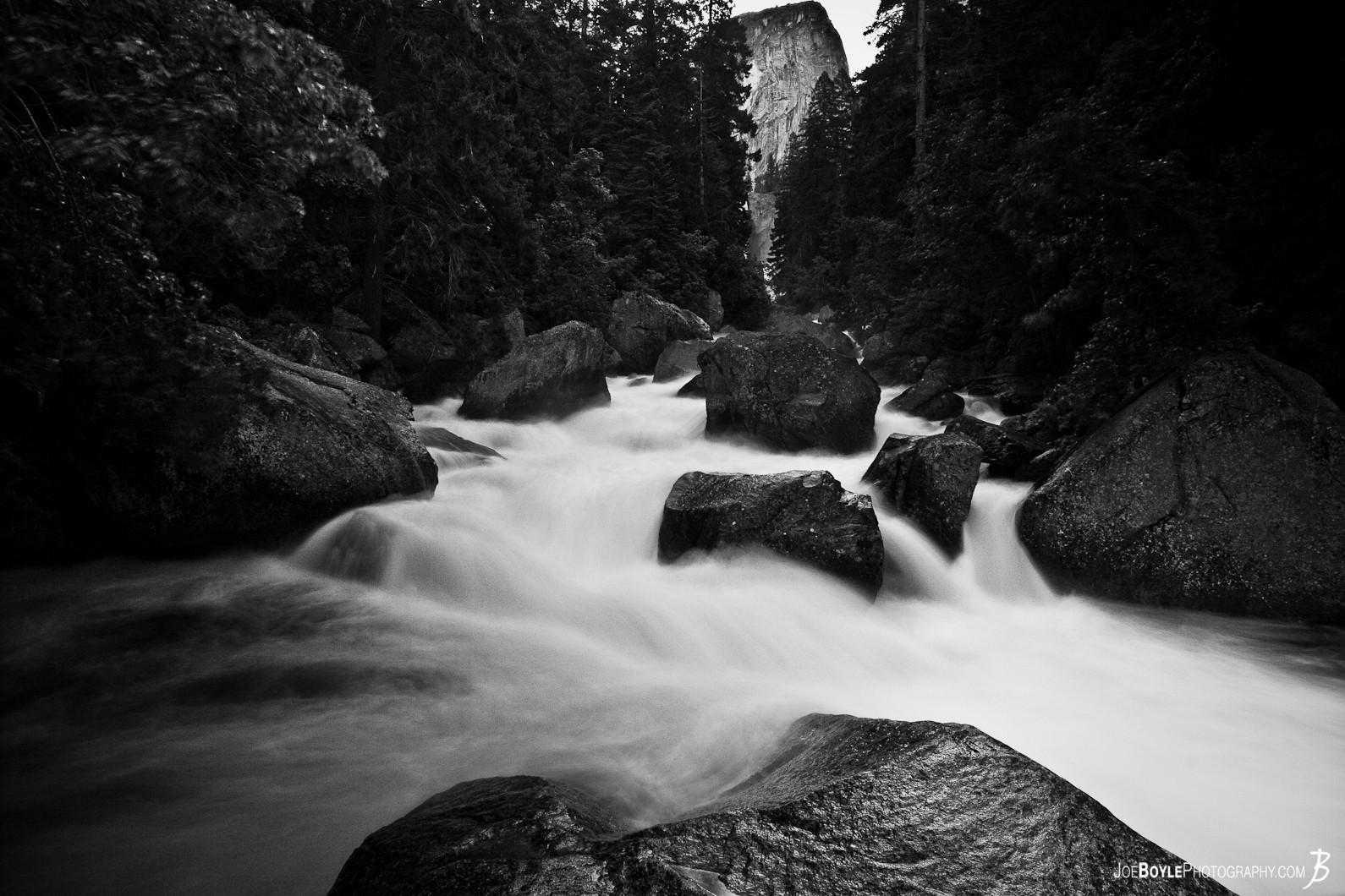 river-on-the-john-muir-trail-black-white