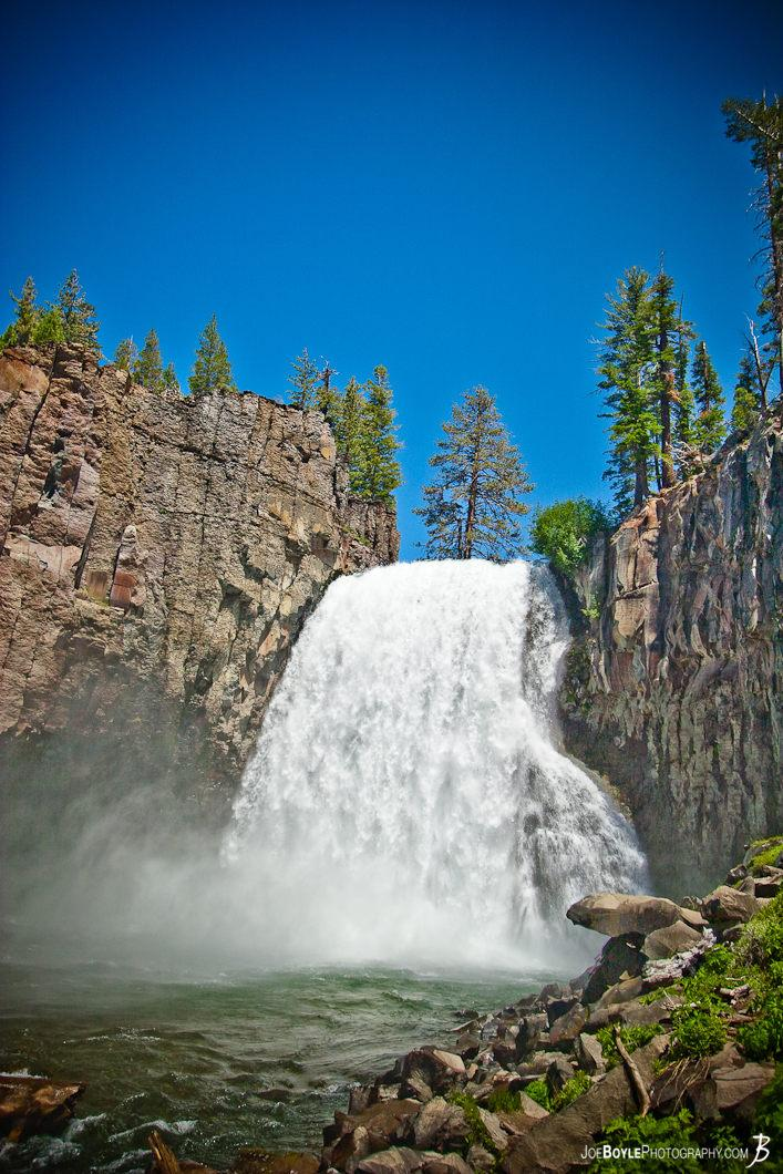 rainbow-falls-waterfall