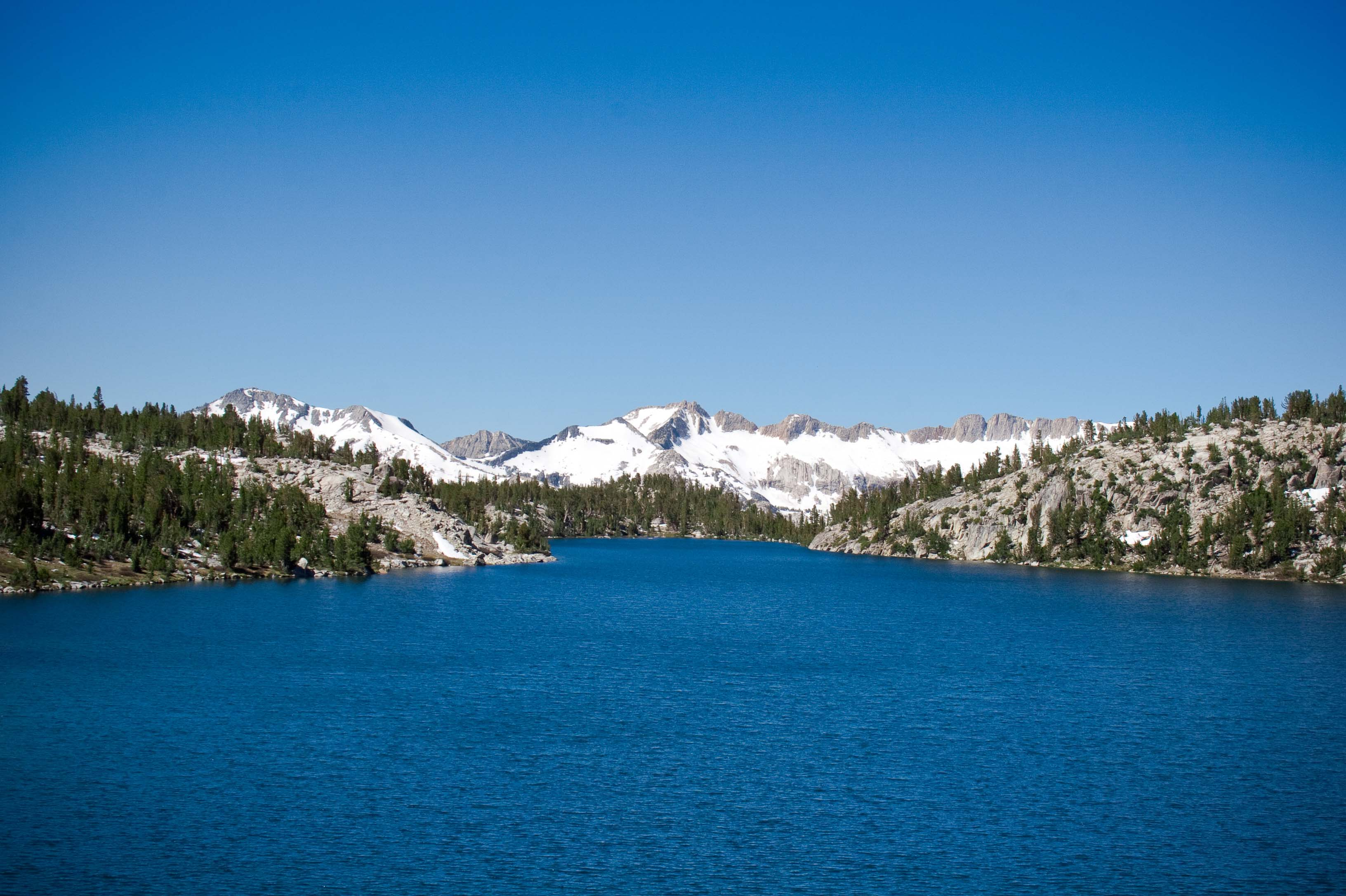 blue-lake-and-mountain