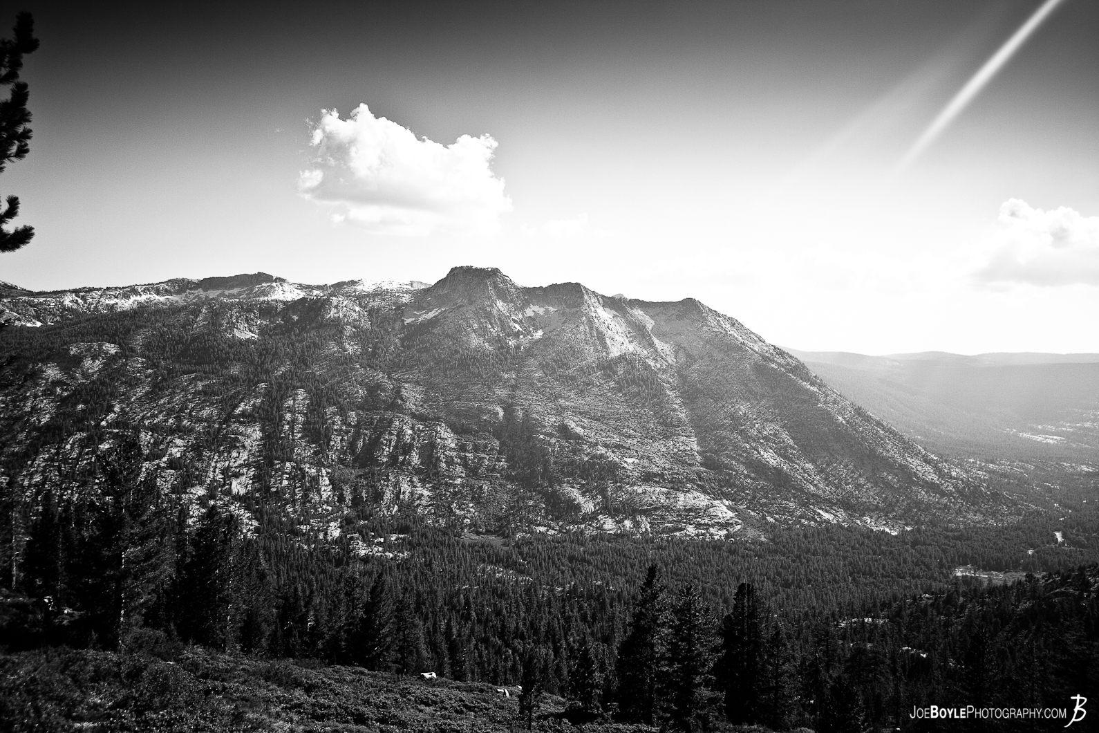 mountain-on-the-jmt-black-white