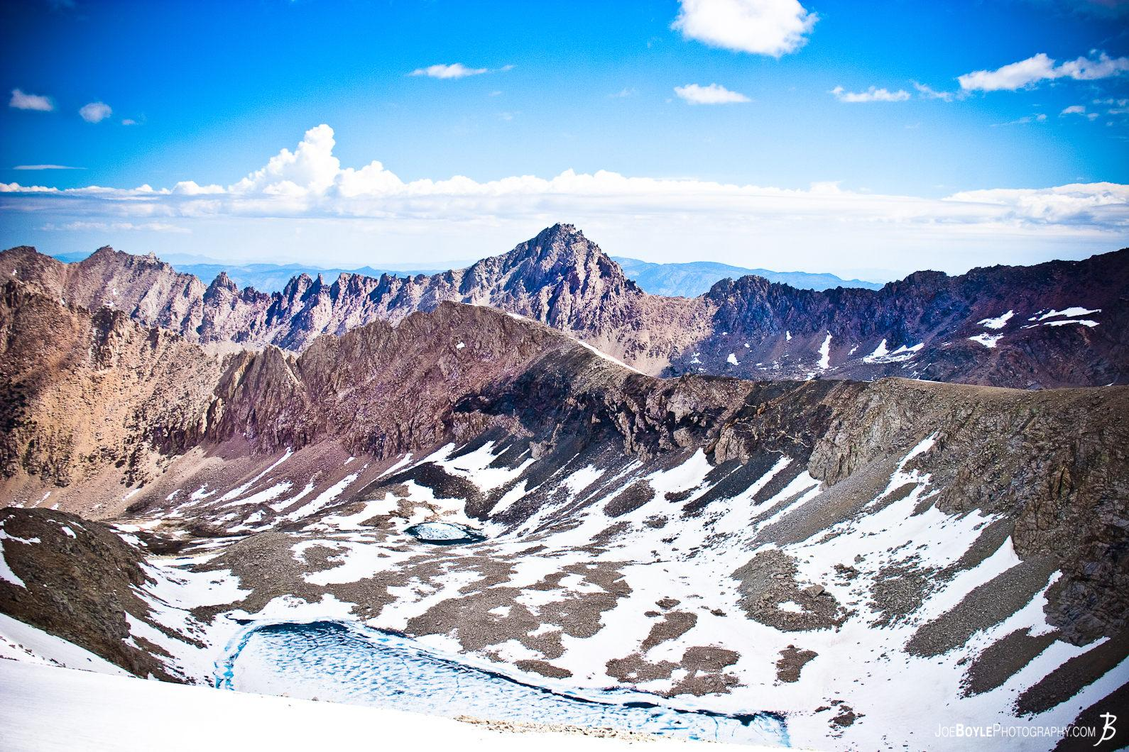 mountain-peaks-and-a-secluded-lake