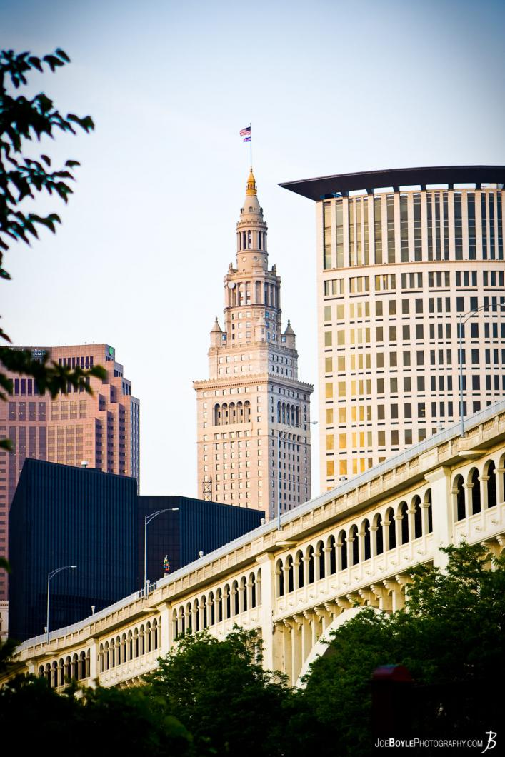 terminal-tower-veterans-memorial-bridge