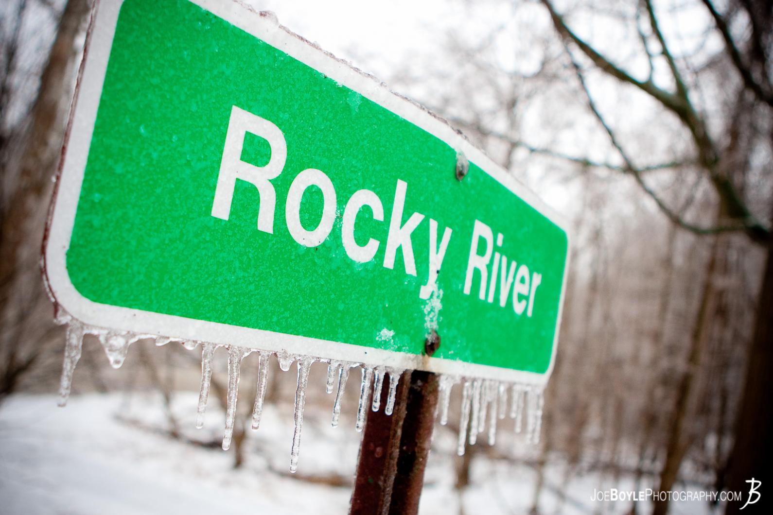 rocky-river-sign
