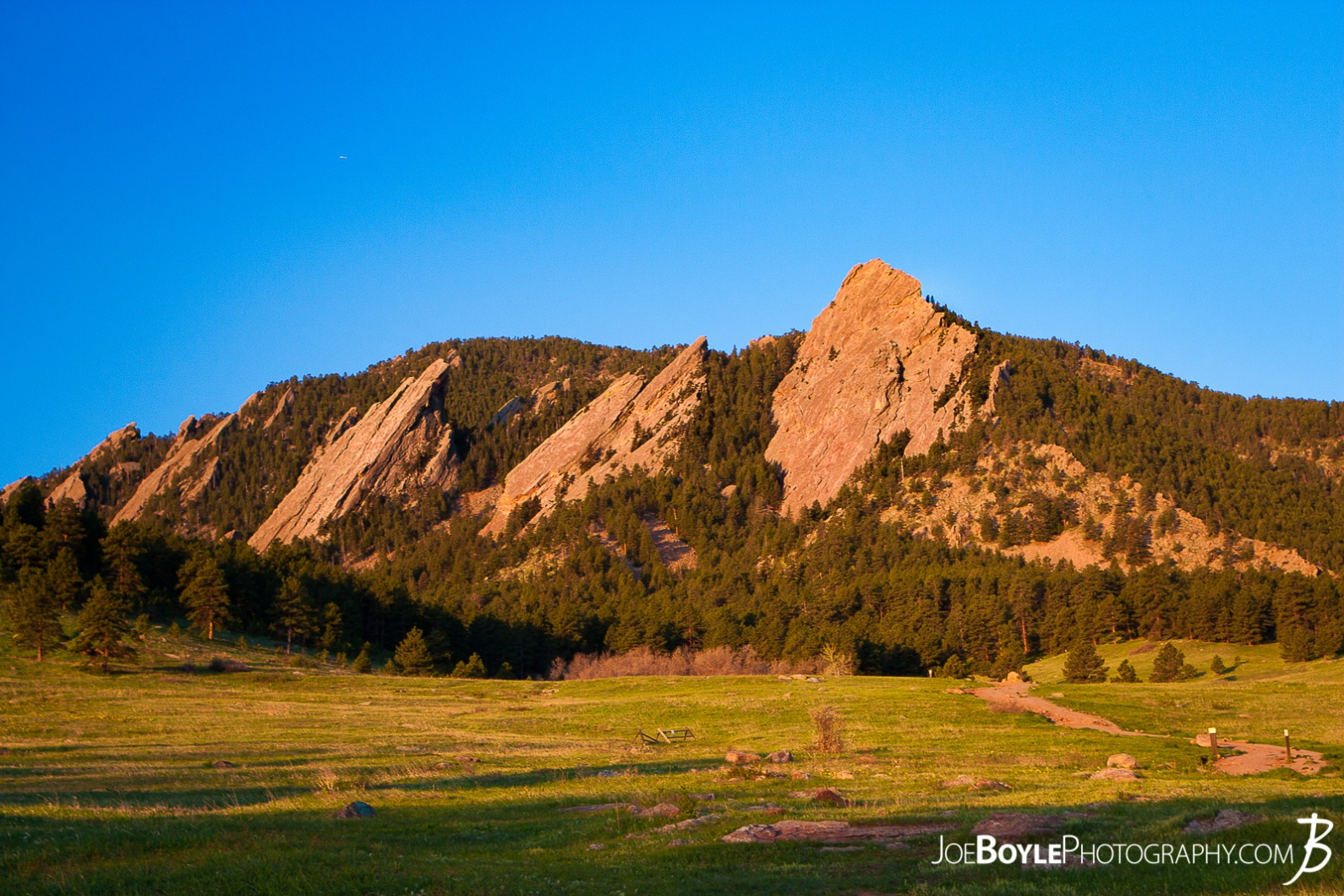 sunrise-in-boulder-colorado-ii-chautauqua-state-park