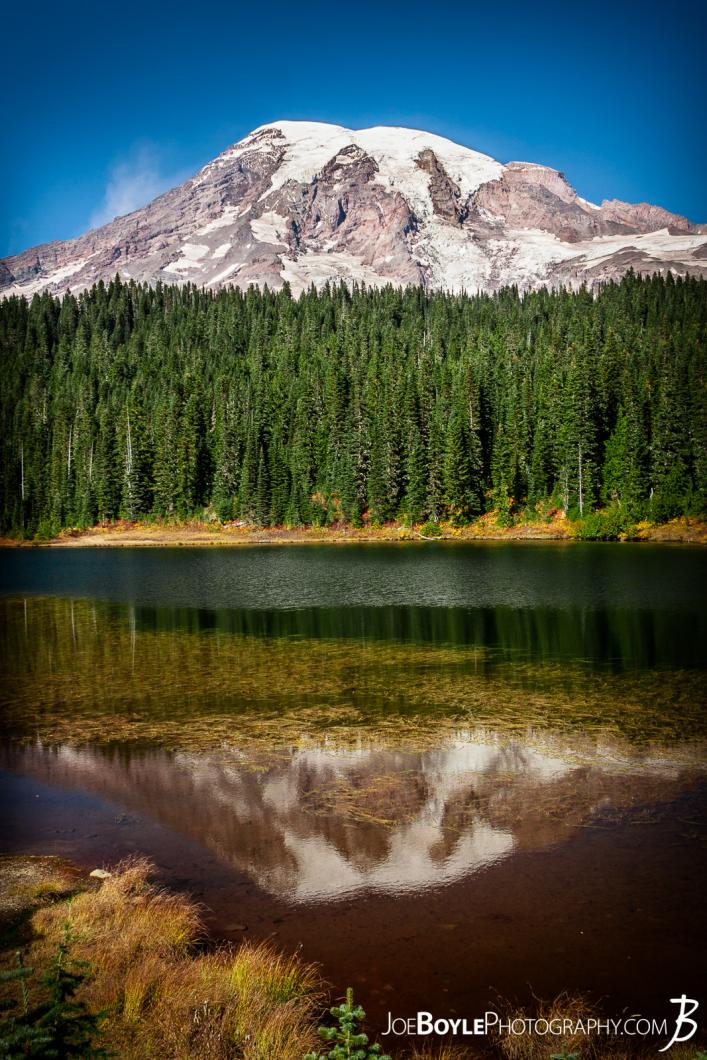 mount-rainier-sunrise-on-the-wonderland-trail-at-reflection-lakes