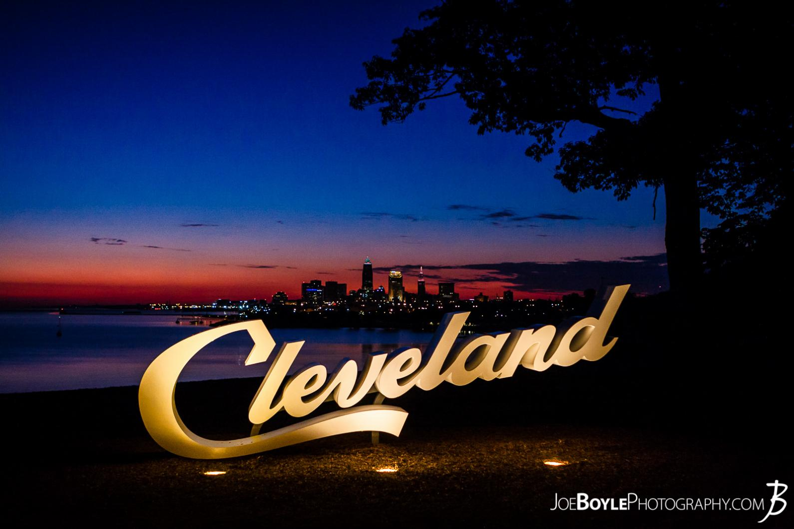 cleveland-sign-during-sunrise-at-edgewater-park