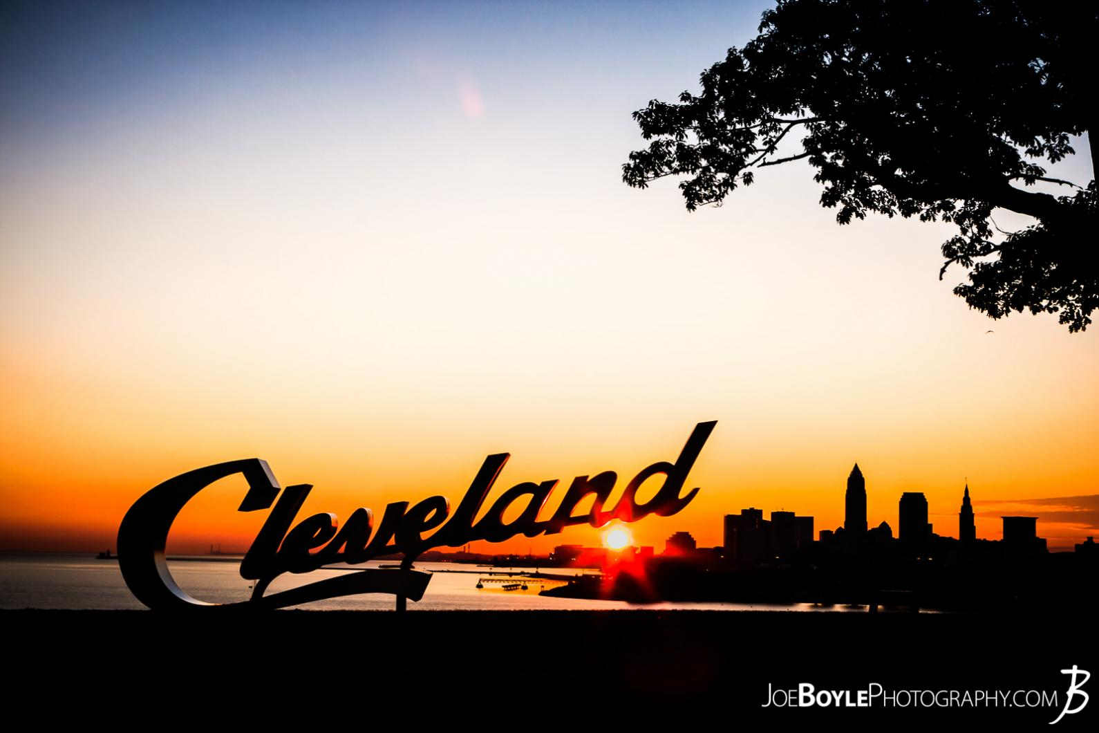 cleveland-sign-during-sunrise-at-edgewater-park-city-beneath-the-sign-ii