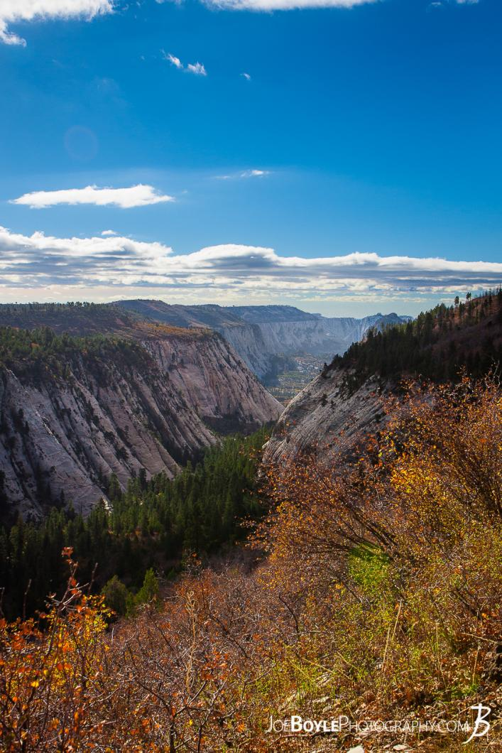canyons-on-the-west-rim-trail-portrait